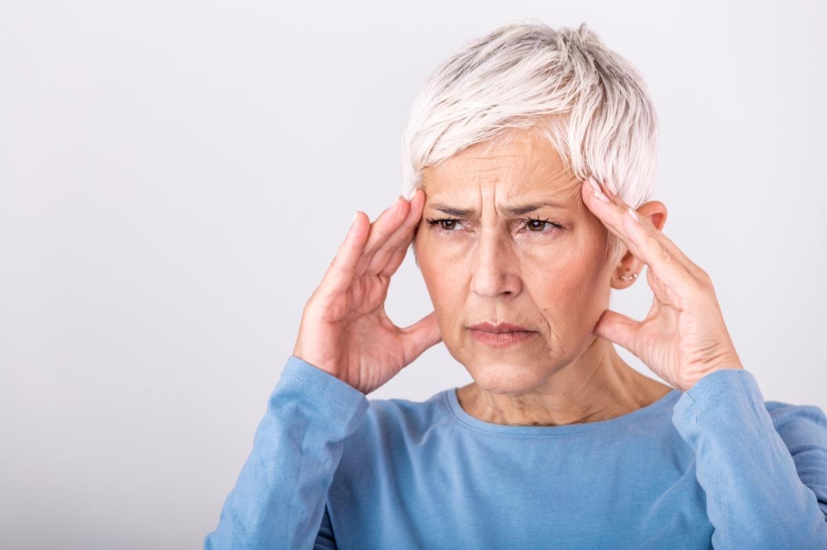 Headache Side Effect of CBD - Singy's CBD